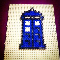 Tardis Doctor Who hama beads by miss__halfway
