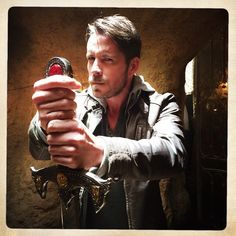 Sean Maguire: Guess who's gonna nick it? #OnceUponATime