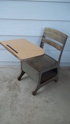 I Used One Of These In Grade School Old Desks Childhood Memories Homeschool