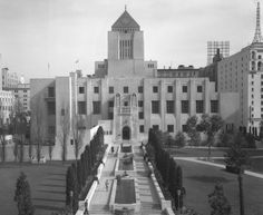 (ca. 1935)* - Walkway and front facade of Los Angeles Public Library's Central Library.	  Water and Power Associates