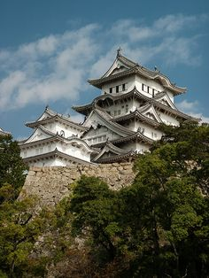 Himeji Castle, also known as the White Heron castle, probably the most beautiful castle in Japan (by killerturnip).