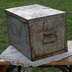 www.forevervintagerentals.com #vintage #industrial #forevervintagerentals