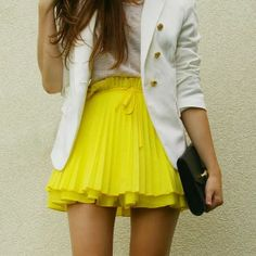 love this lemon mini skirt | Gloss Fashionista white blazer black bag teen fashion summer outfit spring outfit