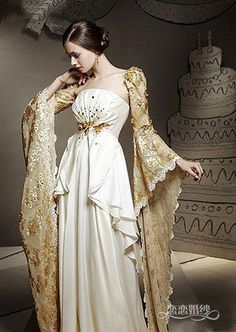 Check these sleeves. Definitely fit for a princess on a white-veil occasion. Beautiful Gowns, Beautiful Outfits, Fantasy Dress, Formal Dresses, Wedding Dresses, Lace Wedding, Mini Dresses, Wedding Wear, Mode Inspiration