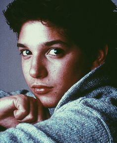 Great… now I have something in my eye… like a rock or a boulder Karate Kid Movie, Johnnycake, The Outsiders 1983, Ralph Macchio, 80s Tv, Kids Series, Like A Rock, Stay Gold, 90s Aesthetic