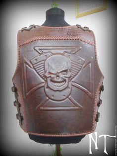 Купить или заказать Байкерский жилет-броня в интернет-магазине на Ярмарке…