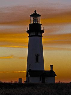 Newport, Oregon Lighthouse at Dusk.I want to go see this place one day.Please check out my website thanks. www.photopix.co.nz