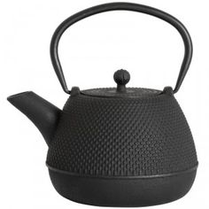 Our castiron teapots are all hand cast and hand finished. Cast Iron teapots heat evenly and keeps heat for a longer period of time. Cast Iron Teapots can a Weylandts, Hand Cast, Simple Elegance, Cast Iron, Tea Pots, Kitchen Appliances, Entertaining, Luxury, Decoration