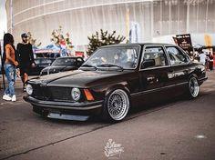 Bmw 321i, Bmw Cars, Bmw E36, Bmw Vintage, Bmw 2002, Classy Cars, Tuner Cars, Cabriolet, Ford Bronco