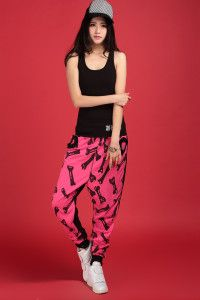 Very rad looking sweats! Kinda got this #retro #'90s look.  #hiphop #dancewear #amekaji