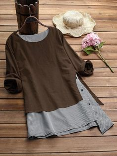 Women Stripe Patchwork Asymmetrical Long Sleeve Casual T-shirts Tops – lalasgalGracila Stripe Patchwork Asymmetrical Long Sleeve Casual T-shirts look chipper and natural. NewChic has a lot of women T-shirts online for your choice, believe you will Plus Size T Shirts, Plus Size Blouses, Blouses For Women, T Shirts For Women, Flip Flop Shoes, Flip Flops, Casual T Shirts, Chic Outfits, Fall Outfits