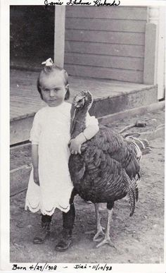 This is my brother-n-laws Aunt. Her and her pet turkey Courtesy of my sister Reba. My sister was told they were always together. And the turkey was with her in many pictures. Isn't it just precious Pet Turkey, Turkey Farm, Vintage Children Photos, Vintage Photos, Animal Pictures, Cute Pictures, Farm Animals, Cute Animals, Creepy Photos