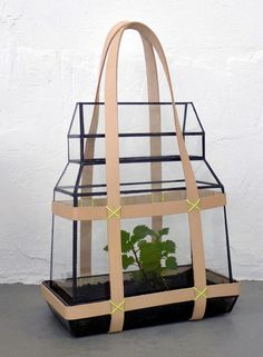 Portable greenhouse by Besau Marguerre.