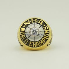 1972 Los Angeles Lakers NBA Championship Ring.Best gift from www.championshipringclub.com for Los Angeles Lakers fans. Custom your  personalized championship ring now!