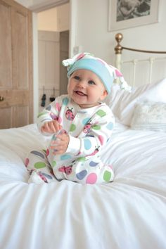 Frugi Springtime Spot Babygrow - This stunning little number is fully poppered, has little feet, and integral scratch-mitts on the sleeves. Baby girls will be deliciously comfy and happy in this gorgeous grow! Click to view :-)
