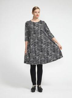 Sauhu-mekko (kalkki, musta) | Vaatteet, Naiset, Mekot ja hameet | Marimekko