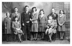 Vintage Wartime Time Wedding