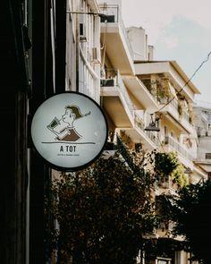 Πίνοντας καφέ στο μικρότερο specialty coffeeshop του κέντρου   Athens Voice My Athens