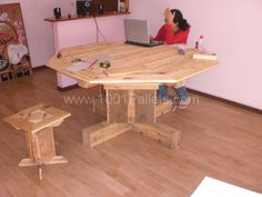 Pallet furnitures from New Caledonia | 1001 Pallets