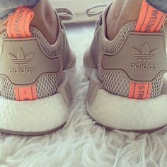 Adidas Women Shoes Adidas NMD Primeknit - Womens Vapour Grey/Footwear White adidas shoes women - - We reveal the news in sneakers for spring summer 2017 Grey Shoes, Cute Shoes, Me Too Shoes, Sneaker Outfits, Adidas Superstar, Sneakers Vans, Adidas Nmd R1 Primeknit, Mode Swag, Sneaker Trend