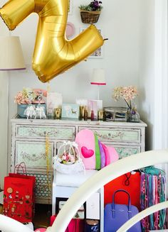 Birthday | Gifts | Balloon Birthday Gifts, Balloons, Vanity, Mirror, Room, Furniture, Home Decor, Style, Birthday Presents