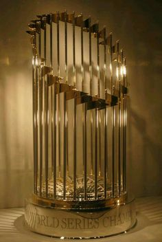 World Series 2015 trophy Go Royals