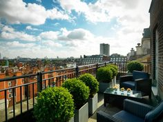 Grosvenor House Apartments by Jumeirah Living - View from Penthouse Balcony - Home Decor Design Balcony, London, Mansions, House Styles, Apartments, Design, Home Decor, Big Ben London, Luxury Houses