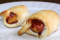 BBQ Chicken Crescents ~ Crescent rolls stuffed with chicken fingers smothered in BBQ sauce! Easy Dinner Recipes, Snack Recipes, Cooking Recipes, Snacks, Kid Recipes, Turkey Recipes, Finger Food Appetizers, Finger Foods, Tapas