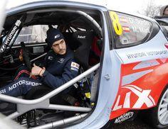Dani Sordo abandona el Rally de Montecarlo por una avería en el Hyundai i20 WRC   QuintaMarcha.com Mala suerte la de Dani Sordo en su debut con el Hyundai i20 WRC. En el Rally de Montecarlo, el cántabro tuvo que abandonar la prueba de camino al quinto tramo por una avería eléctrica cuando iba tercero. Tras la primera etapa, el líder es Bryan Bouffier (Ford).
