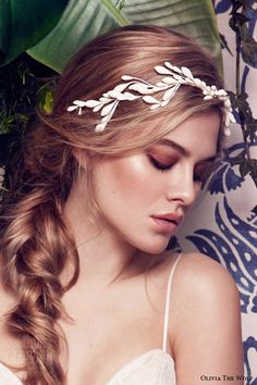 Vancouver-based bridal accessories brand, Olivia The Wolf recently unveiled its stunning 2016 collection. Featuring a beautiful range of headpieces and bridal belts, the collection, which is availa…