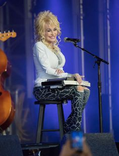 Dolly Parton is seen at  'Jimmy Kimmel Live' on October 3, 2016. - Dolly Parton Performs at 'Kimmel'