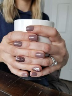 Mix manicure and pedicure, pedicure colors, pedicures, winter nail colors, holiday nail Pedicure Colors, Manicure And Pedicure, Fall Manicure, Pedicures, Shellac Manicure, Mani Pedi, Hair And Nails, My Nails, Shiny Nails