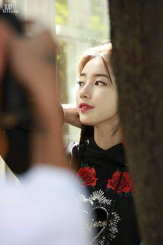 Suzy - Cosmopolitan Korea Magazine October Issue Behind Cut Korean Model, Korean Singer, Miss A Suzy, Lee Young, Instyle Magazine, Cosmopolitan Magazine, Kim Woo Bin, Bae Suzy, Flower Boys