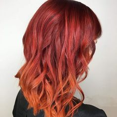 50 Glamorous Peach Hair Color Ideas in Peach hair color hair, don't care! You are about to jump into the hair color deep-end with these 50 glamorous peach hair color ideas in If you. Hair Color For Brown Skin, Hair Color Asian, Hair Color And Cut, Hair Colour, Orange Hair Dye, Auburn, Peach Hair Colors, Hair Melt, Color Melting Hair