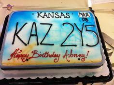 Supernatural Winchester car cake!                                                                                                                                                                                 More Supernatural Birthday Cake, Bolo Supernatural, Supernatural Merchandise, Supernatural Finale, Castiel, Sweet 16 Birthday, 16th Birthday, Birthday Party Themes, Sweet 16 Invitations