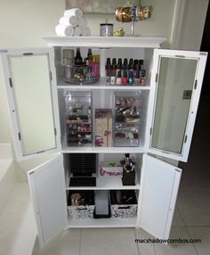 My Own Makeup Storage Solution + Organization Ideas