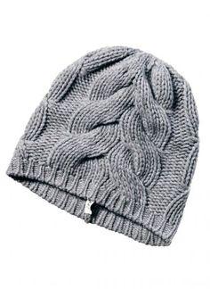 Premium Line: Wunderschöne Strickmütze in edler Woll-Cashmeremischung. Die Mütze überzeugt nicht nur durch ihre besondere Qualität und den hohen Tragekomfort, sondern auch durch das besondere, grobe Zopfstrickmuster. Ein Highlight der Kollektion.