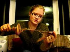 ▶ Corespinning on a Drop Spindle - YouTube