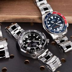 Brused & Polished Super Oyster - Straight Endlink for Seiko Marinemaster and the curved endlink for Seiko Skx, Seiko Watches, Wrist Watches, Seiko Marinemaster, Seiko Diver, Beautiful Watches, Unique Watches, Automatic Watches For Men, Rolex Submariner