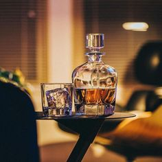 Sophisticated, classic, lead-free crystal glass drinkware! Cigars And Whiskey, Whisky, Whiskey Lounge, Maze Book, Modern Home Bar, Whiskey Decanter, Crystal Decanter, Wine And Liquor, Bartender