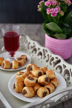 Przepis na Paszteciki z mięsem Polish Recipes, Polish Food, Appetisers, Dumplings, Tapas, Cereal, French Toast, Breakfast, Ethnic Recipes