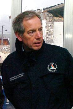 """Terremoto, Guido Bertolaso: """"Spero non abbiano usato tutte le tendopoli per gli…"""
