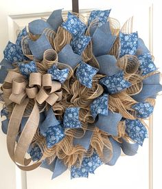 Burlap Deco Mesh with blue floral and denim wreath. Perfect for the rustic count… Burlap Deco Mesh with blue floral Christmas Mesh Wreaths, Easter Wreaths, Holiday Wreaths, Spring Wreaths, Summer Wreath, Wreath Crafts, Diy Wreath, Wreath Ideas, Tulle Wreath