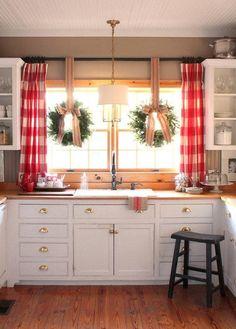 Farmhouse kitchen #farmhousestyle #kitchen #kitchendecor