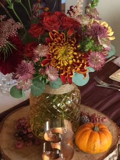 Weddings Table Centerpieces, Table Decorations, Table Centers, Barn, Weddings, Flowers, Furniture, Home Decor, Centerpieces