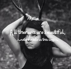 Du bist wunderschön, mein Wolf. Egal was du auch von dir selber denken magst, du bist es...