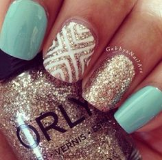 Image via Gold nails Image via Gold Nail Art Designs. Image via Wedding gold nails for Image via The Golden Hour - Reverse Glitter Gradient nail art: two color colou Fancy Nails, Love Nails, How To Do Nails, My Nails, Gorgeous Nails, Pretty Nails, Nail Art Designs, Nails Design, Mint Nail Designs