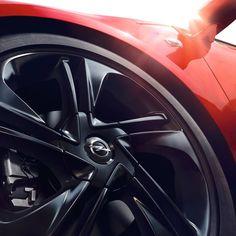 Új Opel Astra. Dögös, nem?