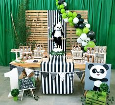 Panda Birthday Cake, Baby 1st Birthday, 1st Boy Birthday, Panda Decorations, Birthday Decorations, Birthday Party Themes, Panda Themed Party, Panda Party, Panda Painting