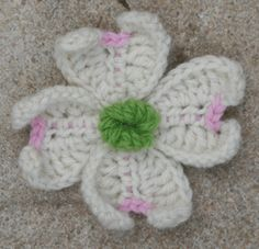 photo tutorial dogwood blossom from Crochet Garden: Bunches of Flowers, Leaves, and Other Delights